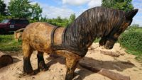 Hest 3 - Træskulpturer i Den Fynske Landsby